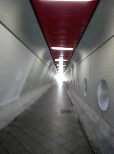 берлин пешком от аэропорта тегель в город
