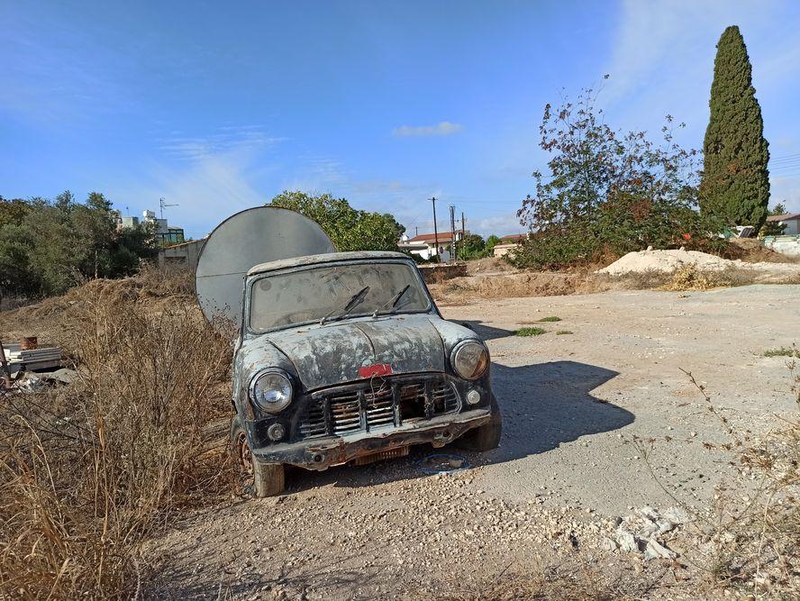 Антикварный автомобиль