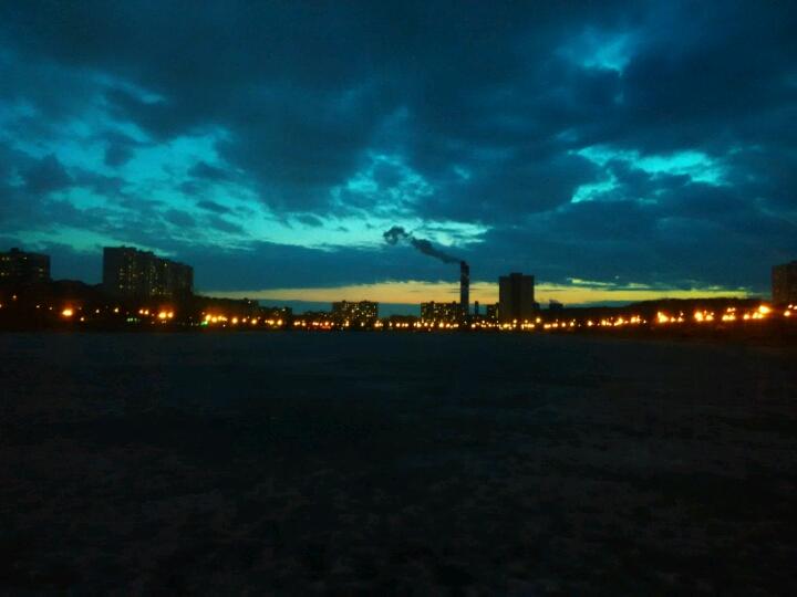 пруд гольяново вечер