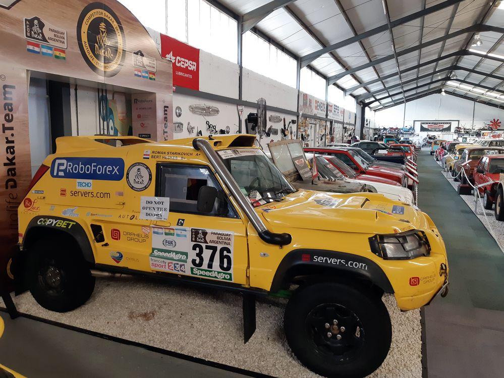 Кипр - музей исторических классических автомобилей в Лимассоле